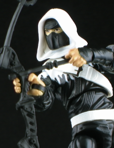 DGStormShadowThumb 231x300 Hasbro G.I. Joe Dollar General Storm Shadow Figure Review
