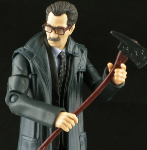 DKRGordonThumb 293x300 Mattel Dark Knight Rises Movie Masters Jim Gordon Figure Review