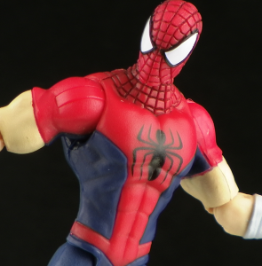 GrapplingHookSpideyThumb 295x300 Hasbro Amazing Spider Man Grappling Hook Manga Spidey Figure Review
