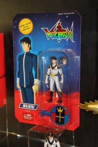 IMG 50681 200x300 SDCC 2012: Voltron Classics Sven Carded Revealed