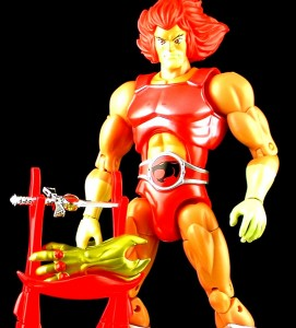 RedLionOThumb 271x300 Bandai ThunderCats Classic STGCC Lion O Mumm Ra Version Figure Review