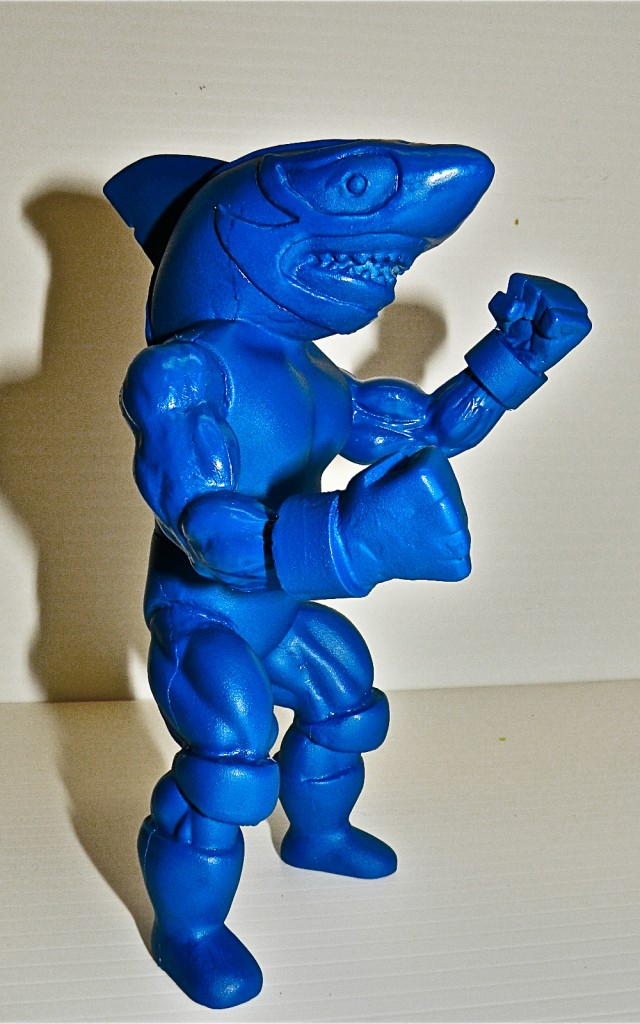 LSRight 640x1024 Exclusive: First Pull of the 5.5 Lucha Shark Resin Figure