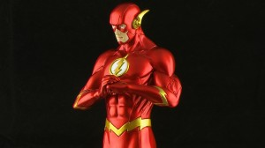 PIC 7334 300x168 Kotobukiya DC Justice League ArtFX+ The Flash 1/10 Scale Statue Review